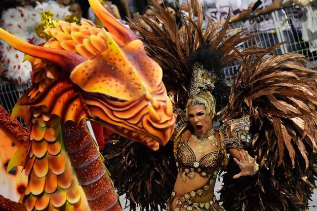 ¿Qué va hacer Rio de Janeiro en los próximos cinco días? !! SAMBAR !! Primera noche Carnaval 2017 (v