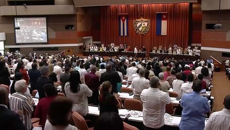 Aprueba la Asamblea Nacional de Cuba Proyecto Constitucional que incluye aceptación de matrimonios g