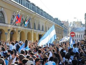 Argentinos y franceses en un mano a mano de originalidad antes del decisivo partido en Kazán (video)