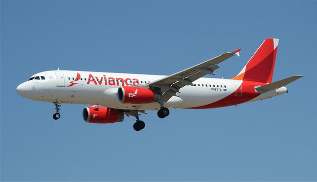 Advierten aerolíneas sobre falsos concursos en las redes sociales