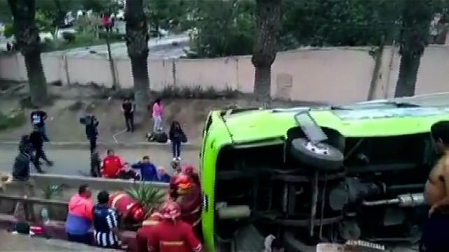 Accidente de autobús turístico en Lima deja al menos 9 muertos y 35 heridos (imágenes fuertes)