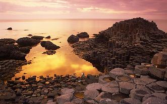basalt-columns-giants-causeway-sunset-co