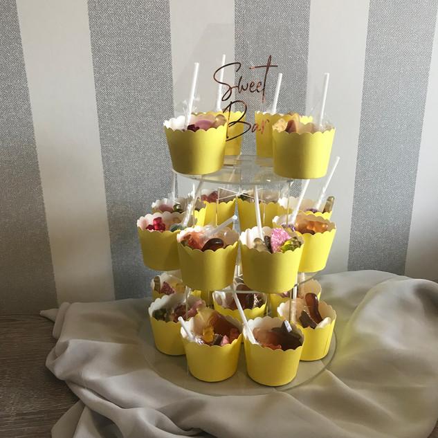 Sweet cake stand