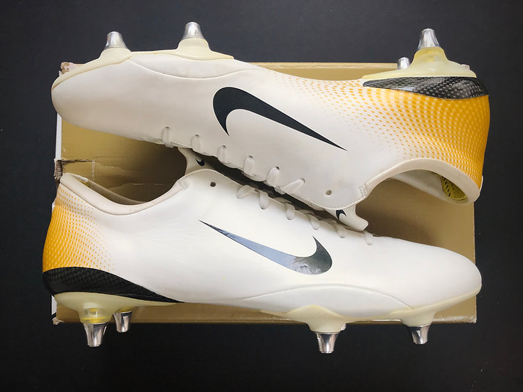 Nike Mercurial Vapor III White / Gold - Launch Edition UK Size 11 SG NEW