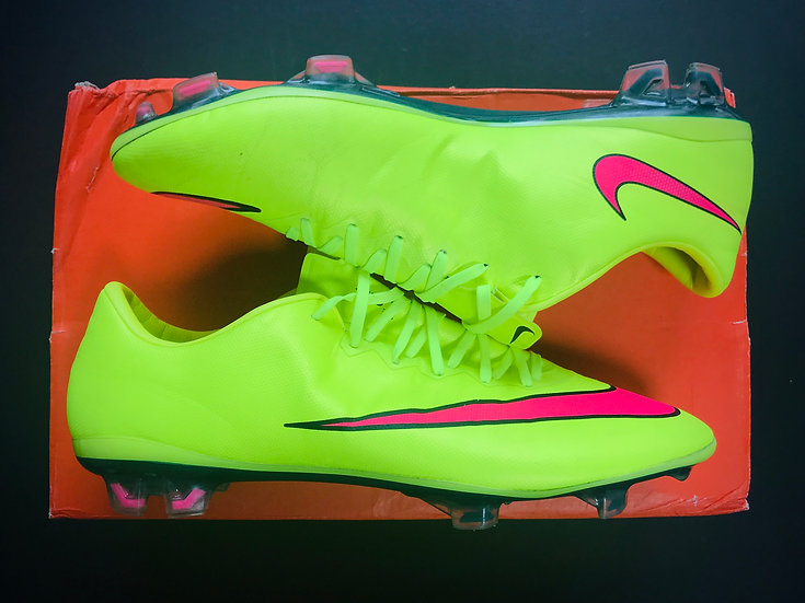"Nike Mercurial Vapor X ""Highlights"" Pack Volt / Hyper Pink FG UK Size 7"