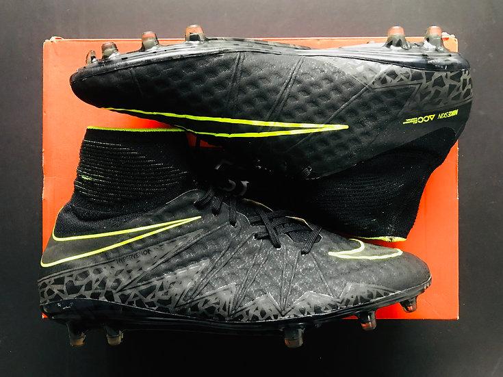 Nike Hypervenom Phantom II - Black / Volt FG UK Size 9