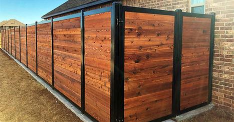slide2-horizontal-privacy-fence.jpg