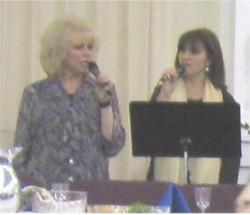 Rose Singing at The Tabernacle