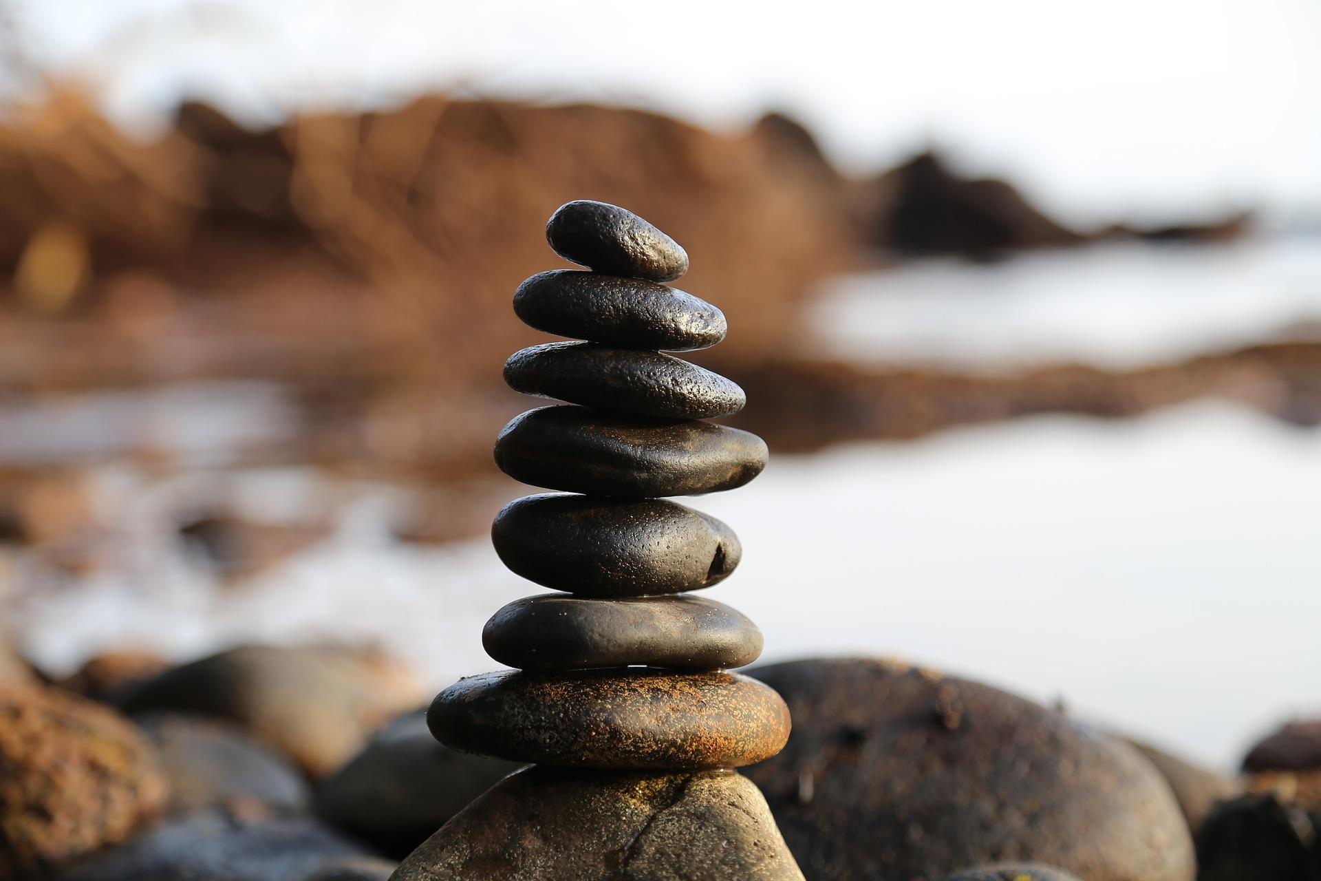 Zen_Pixabay_milivanily_stones-2082937_19