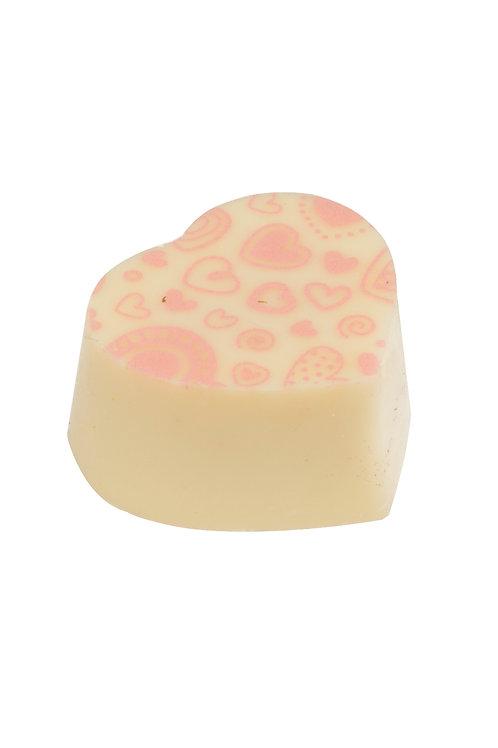 פרלין לב לבן במילוי קרם תות