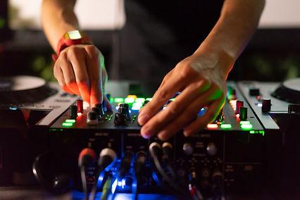 DJ häihin