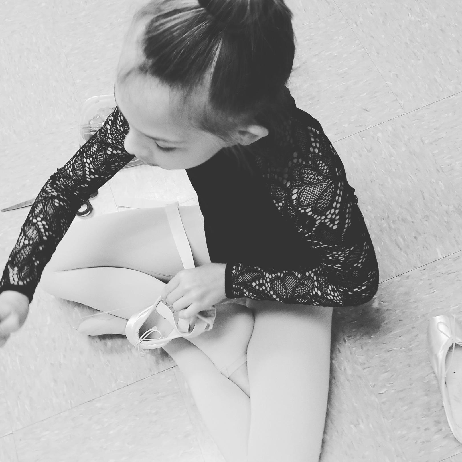 balletblkwht