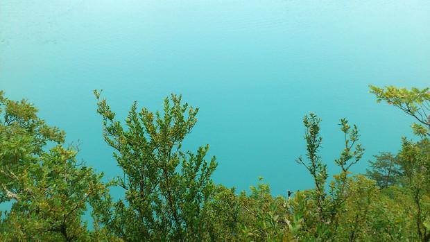 Sky or Water ?
