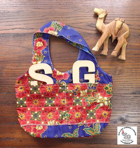 Jacklyn Reversible M Tote Bag