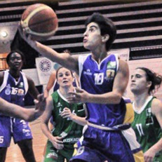 WILDCATS INK PORTUGUESE POINT GUARD