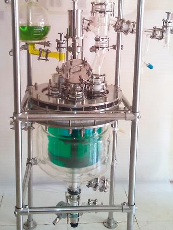 Лабораторные реакторы из стекла, стеклянный химический реактор, химческий реактор Ready, хиический реактор Radleys, лабортрне реакторы из стекла Ablaze
