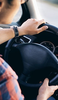 driving-2934477_1280.jpg