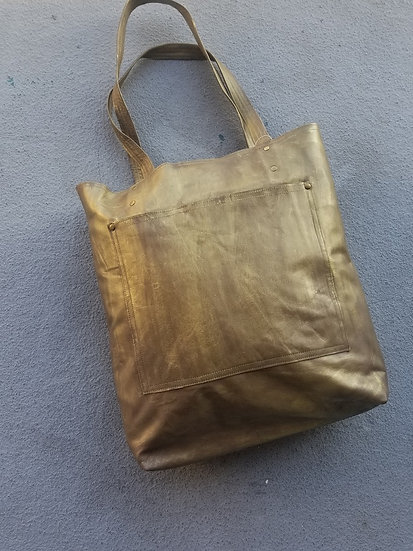 Rubbed Gold 1-Pocket leather Tote