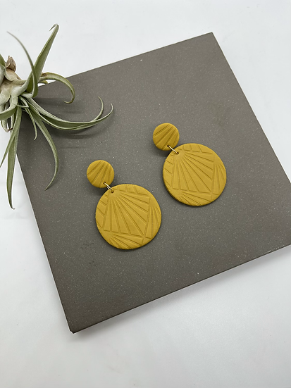Polymer clay Earrings, round