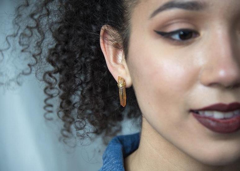 Quartz earrings, gold, silver, crystals, geometric, neutral, metallic