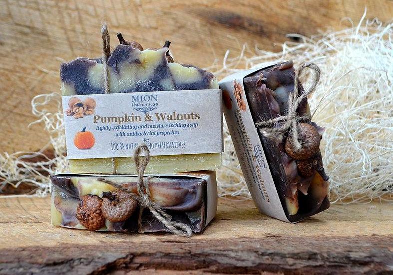 Pumpkin and Walnuts soap
