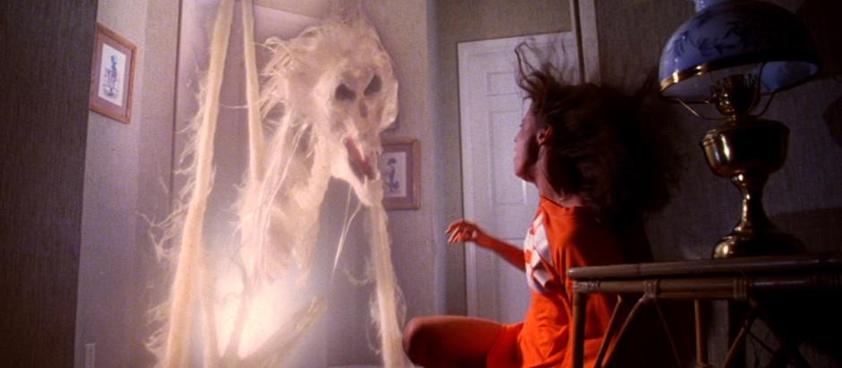 Ceris' 31 Days of Horror Challenge: Day 5 - Poltergeist