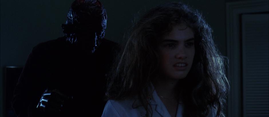 Ceris' 31 Days of Horror Challenge: Day 22 - A Nightmare on Elm Street