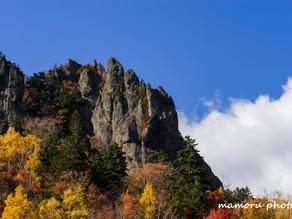 秋の豊平峡 Hoheikyo in autumn.