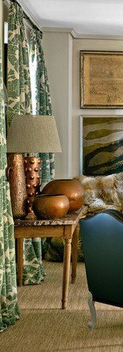 mix-antique-furniture-and-contemporary-d