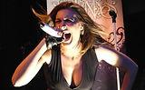 Emma Elvaston singer Vivaldi Metal proje