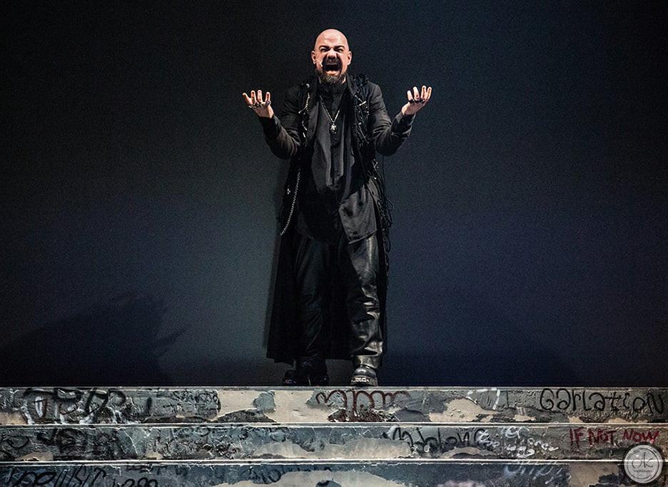 Vasilis Axiotis singer Vivaldi Metal Project 2