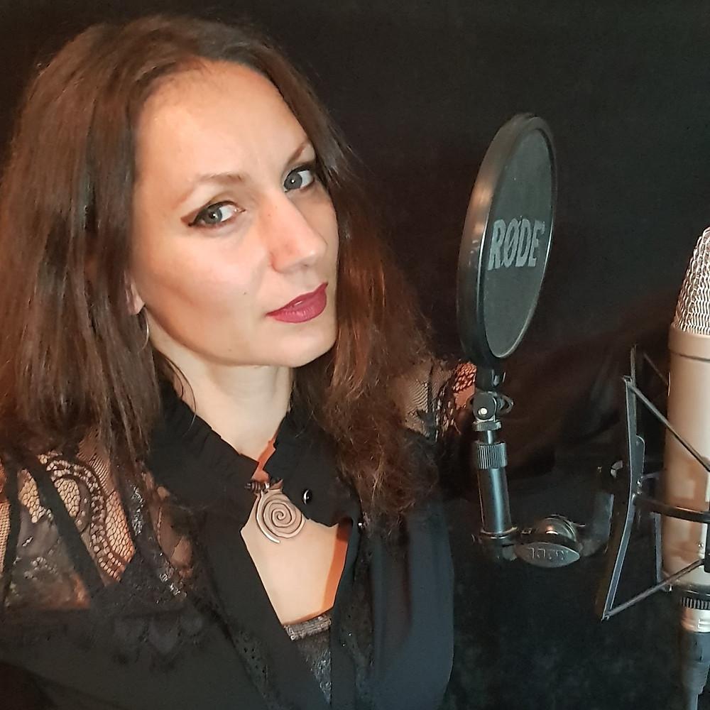 Singer Tsena Stefanova of Vivaldi Metal Project