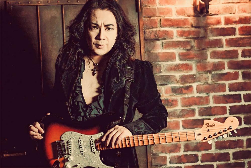 Kelly Simonz guitar Vivaldi Metal Project