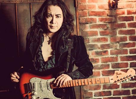 New Album Featured Artist - Guitarist Kelly Simonz