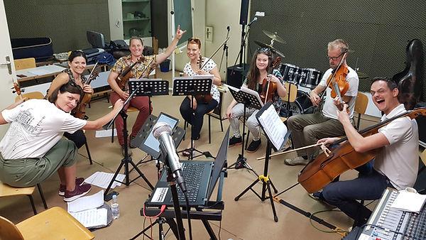 Zagrebacki salonski ansambl strings Viva