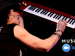 Keyboards and Keytar Online Lessons