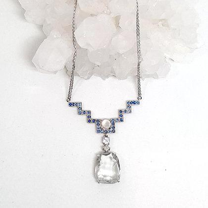White Quartz Ascend Necklace
