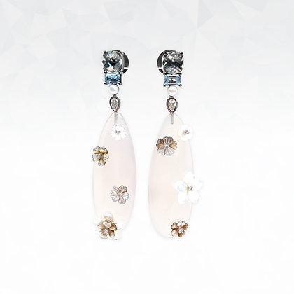 Mother of Pearl Flowers Earrings