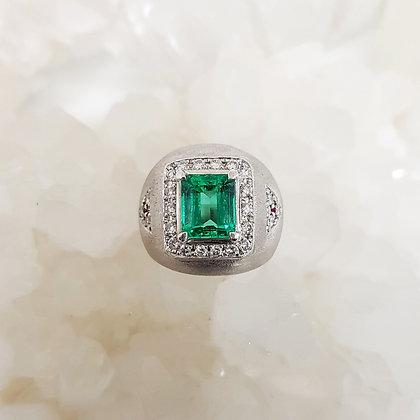 Zambian Green Emerald Ring