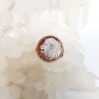 Lion Shell Cameo Ring