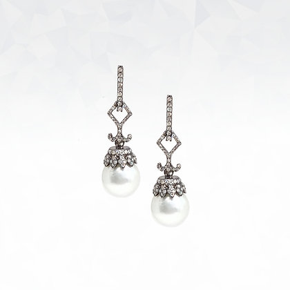 South Sea Pearls Dangling Earrings