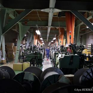 織物工場 ジャガード織機2