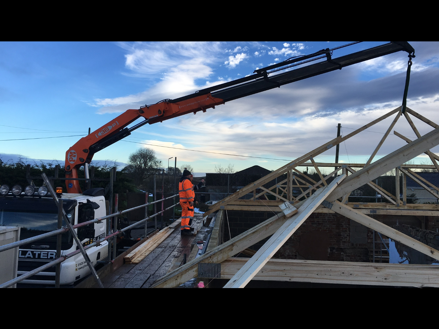 A&R Crane being used to lift roof on