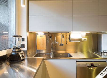 sfruttare ogni angolo dello spazio cucina