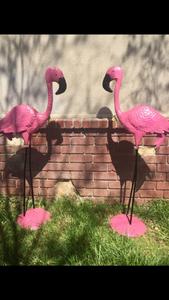 5ft tall flamingos