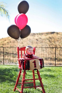 Red Vintage High Chair Rental   Party Planner: @pinspiredevents Photos: @natalie.cr2