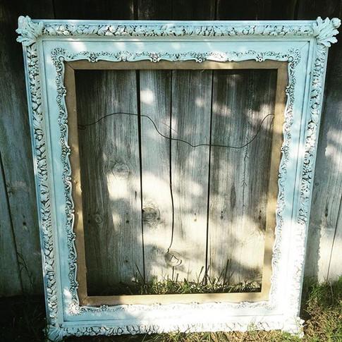 White Vintage Ornate Frame