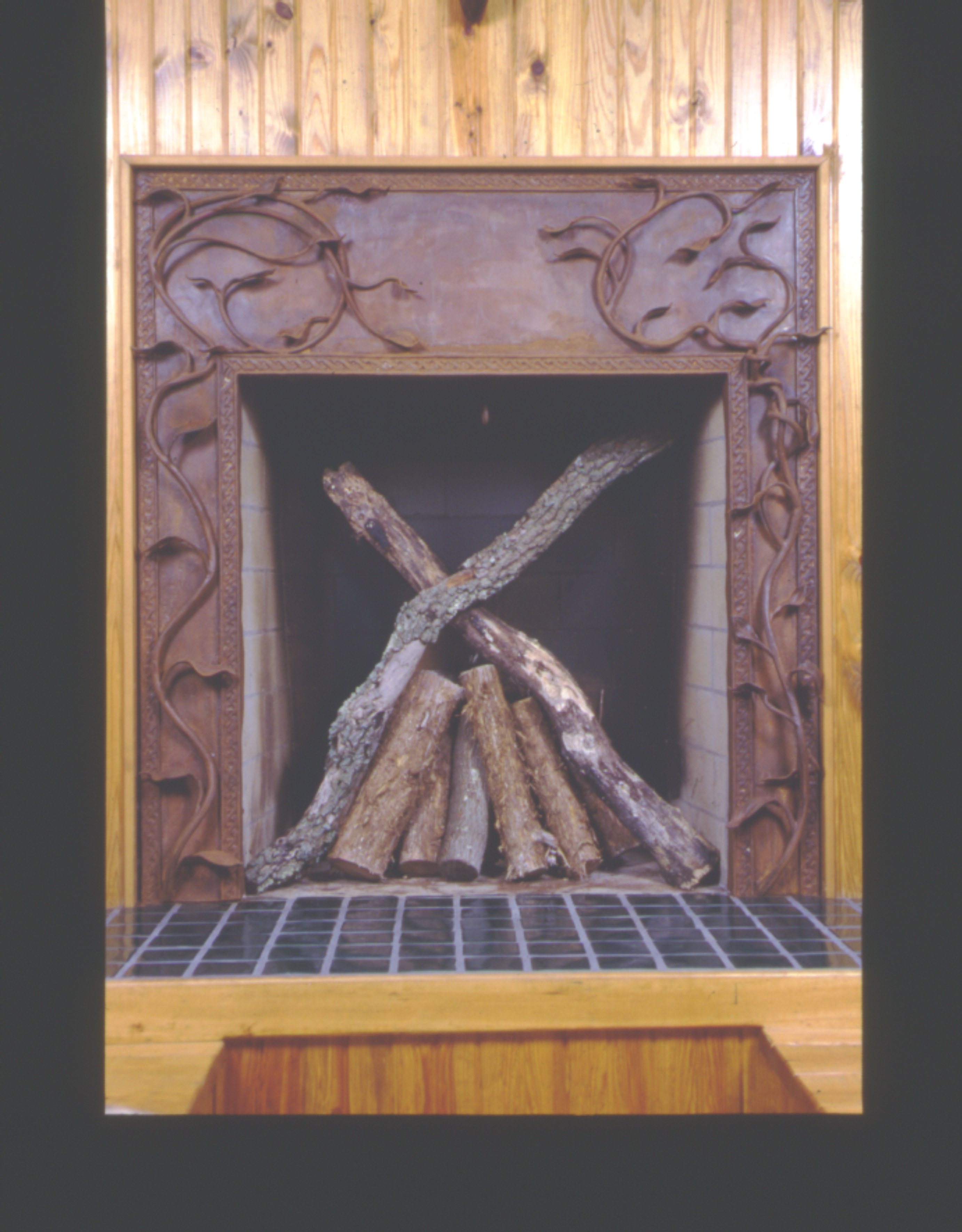 kaviar forge fireplace screen