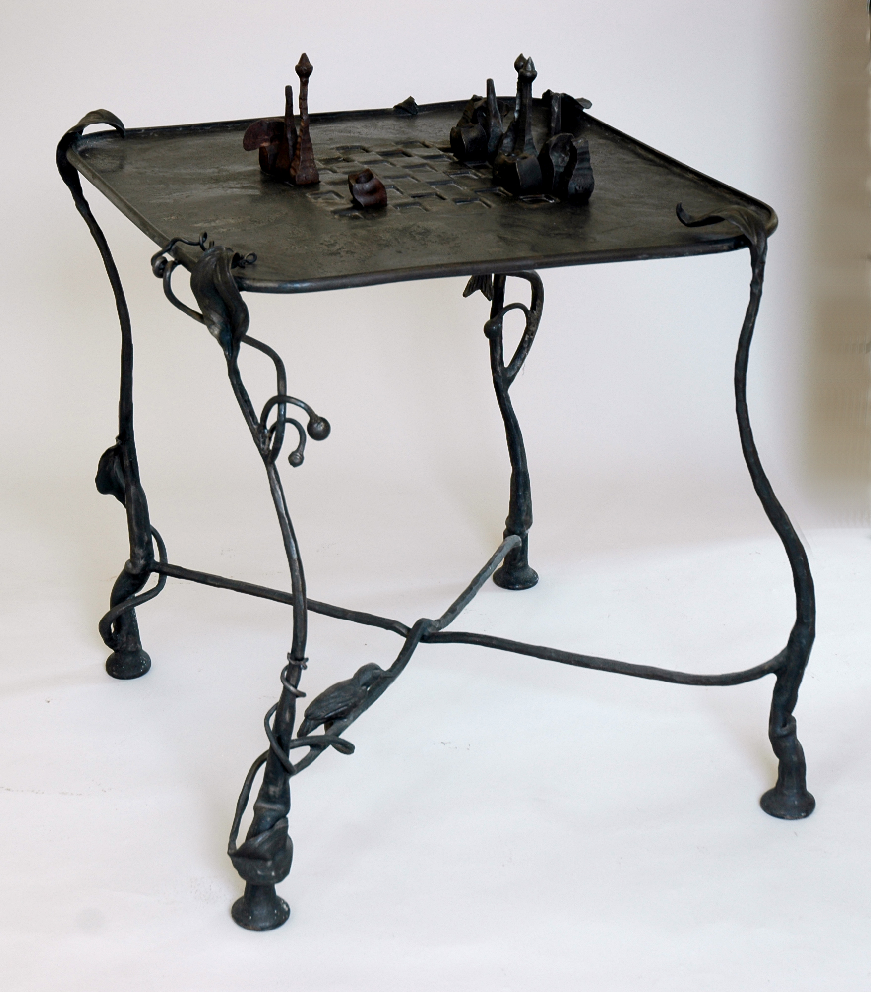 kaviar forge chess table