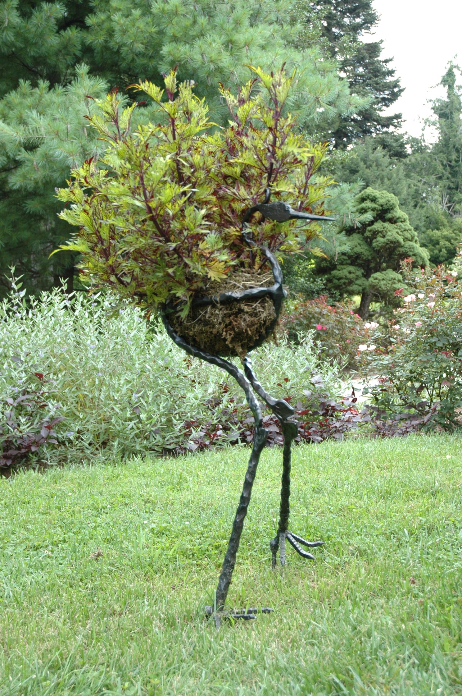 Sculpture Yew Dell Gardens